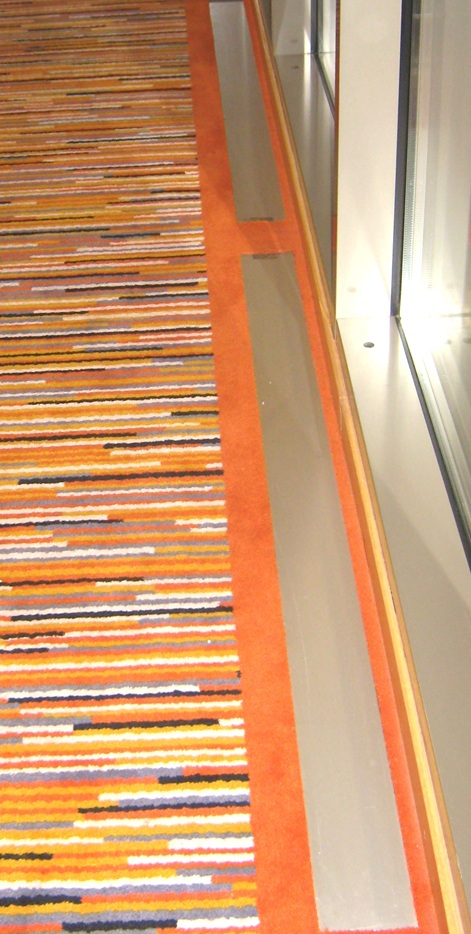 SAS Hotellet, Tromsø. E-100 nedfelt uten ramme. Farge eloksert aluminium (standard).!